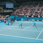 【テニス】ダブルスのボレーボレーで相手を翻弄する5つのコツと練習方法